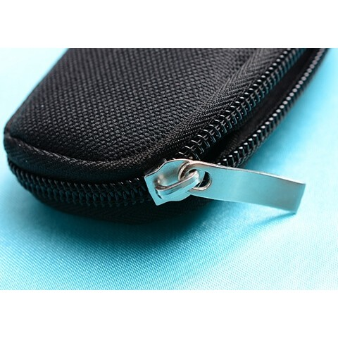 Travel Essential Oil Key Chain Pouch zipper