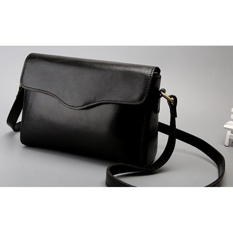Women Fashion Carrying Crossbody Bag Effect picture